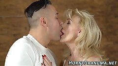 Old grannie gets fucked