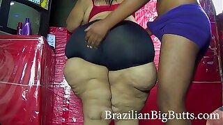 MadamButt model plumper huge butt of BrazilianBigButts.com taunts and gets humped
