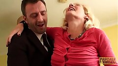 Mature subslut Molly Maracas plowed hard before jizm buffet